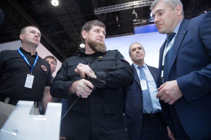 Кадиров на лікарняному: глава Чечні два дні лежав під крапельницею - today.ua