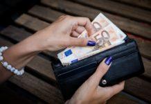 Українцям змінили правила перевезення готівки за кордон - today.ua