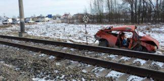 """На Волині """"ЗАЗ"""" зіткнувся з потягом: є постраждалі - today.ua"""