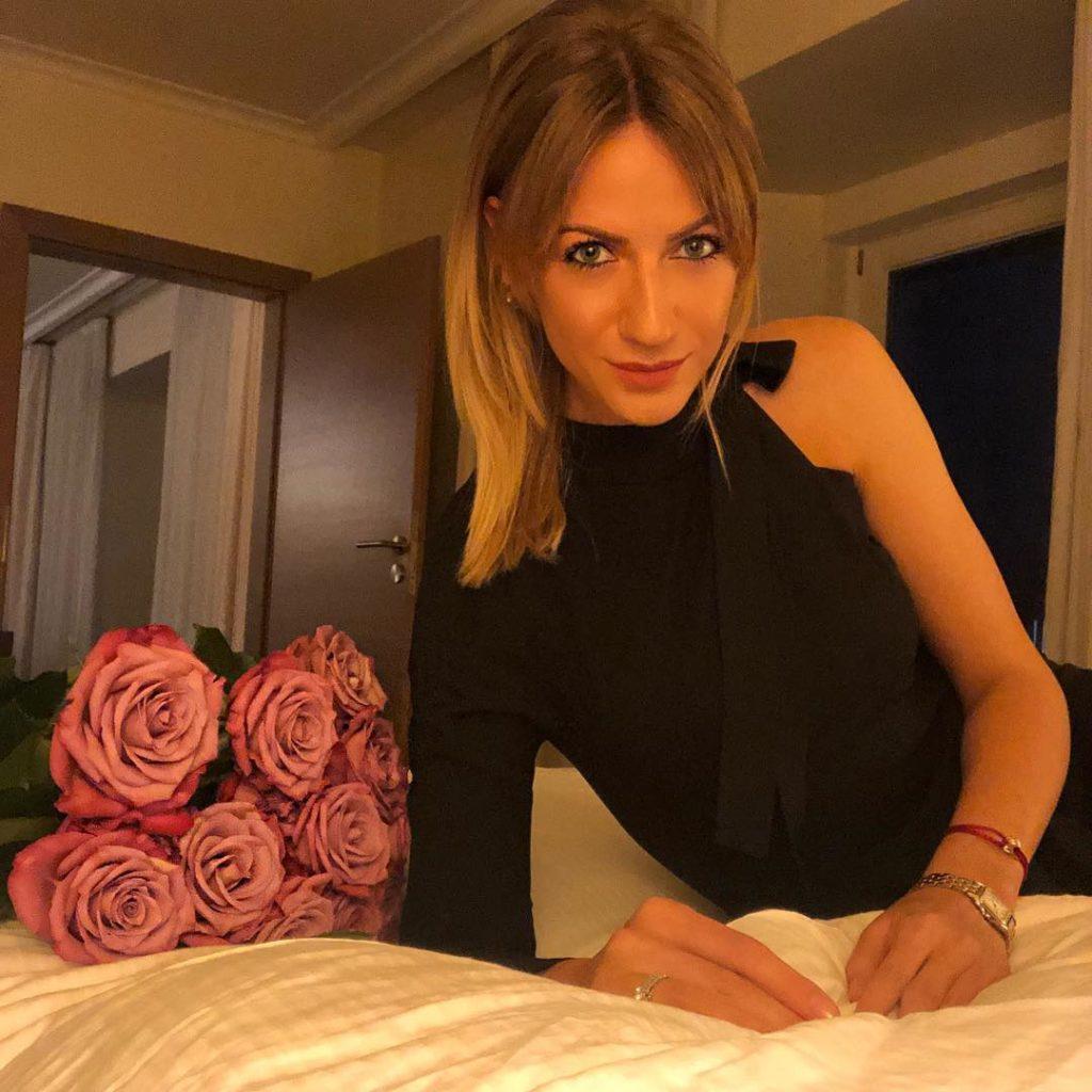 Леся Нікітюк поїхала на відпочинок з вірним другом