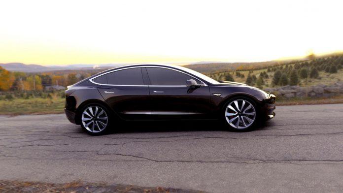 Украинцам предложат бюджетную Tesla - today.ua