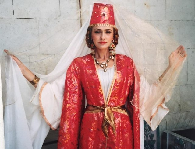 Олег Винник заинтриговал фото с украинской актрисой