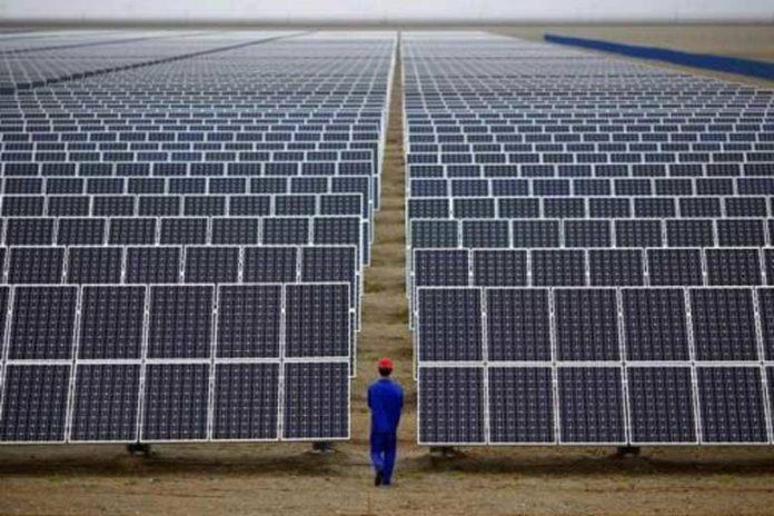 На родине Гройсмана открыли завод по производству солнечных панелей - today.ua