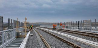 Окупанти анонсували перший потяг по Кримському мосту: реакція соцмереж - today.ua