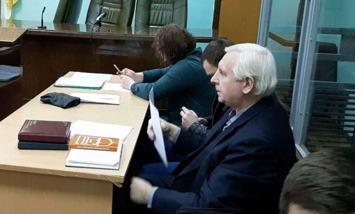 У кабінеті ГПУ раптово помер екс-прокурор, який незаконно заарештував активіста Євромайдану - today.ua
