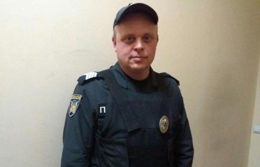 У Харкові поліцейський врятував пасажирів маршрутки від загибелі - today.ua