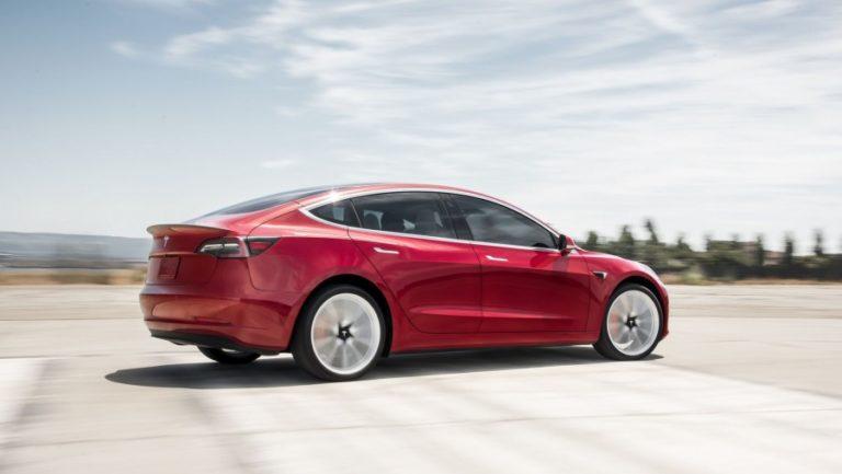 Українцям запропонують бюджетну Tesla
