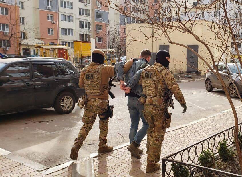 В Киеве поймали мошенников, торговавших акциями Tesla   - today.ua