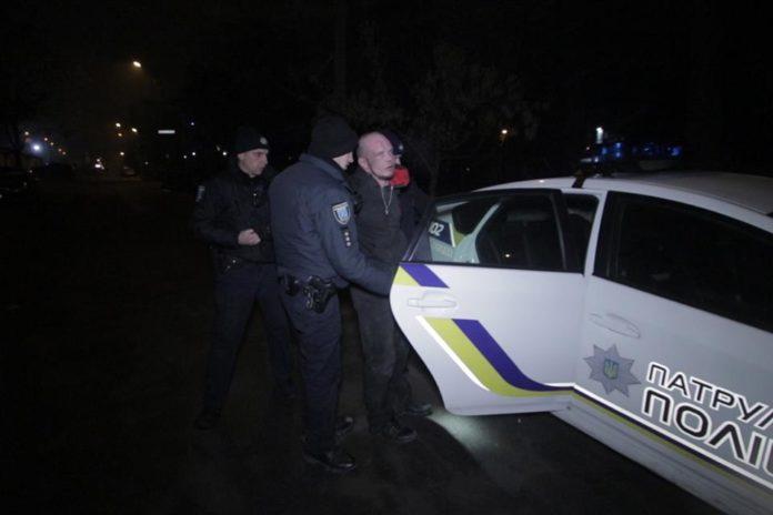 У Дніпрі чоловік з вікна квартири розстріляв таксиста: подробиці трагедії - today.ua