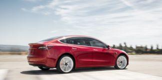 Електромобіль Tesla Model 3 максимально захистили від угону - today.ua