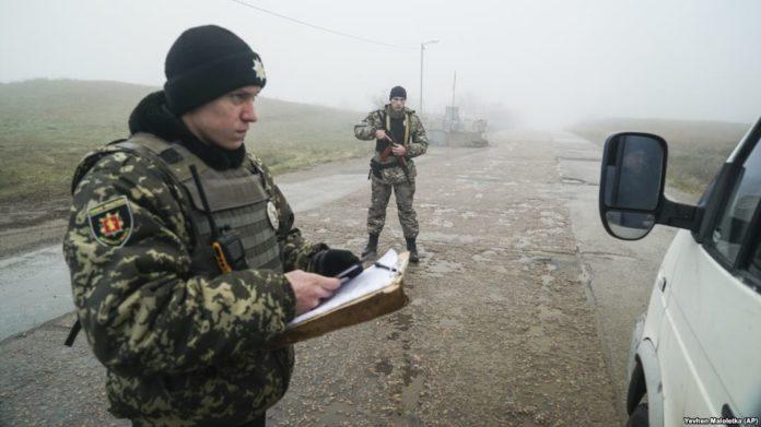 Російські прикордонники блокують проїзд для українців: кого розвертають на кордоні - today.ua