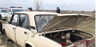 В Одессе вандалы стреляли по могилам и воровали цветы - today.ua