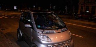 В Киеве водитель Smart сбил девушку на пешеходном переходе - today.ua