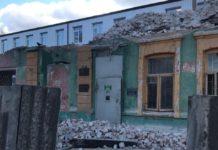 У Харкові обвалився аварійний будинок: постраждав будівельник - today.ua