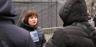 Силовики застосували силу до журналістки регіонального телеканалу під час виступу Порошенка - today.ua