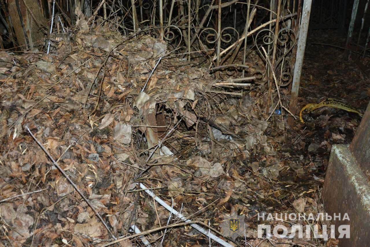 На кладбище в Харькове нашли тело месячного младенца