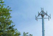 Ураганний вітер повалив вишку Vodafone: опубліковано відео - today.ua