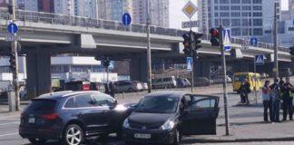 В Киеве две женщины устроили ДТП на перекрестке: пострадал ребенок - today.ua