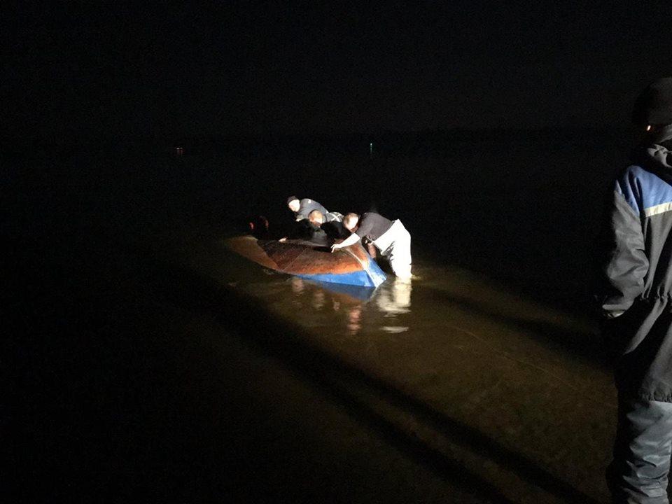 На Полтавщине перевернулась лодка: ищут четырех людей