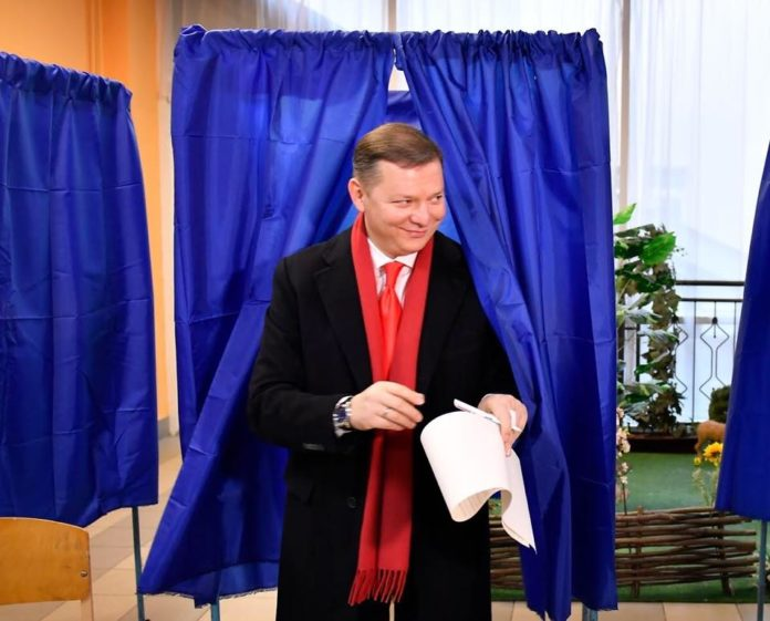Вибори-2019: Кандидат у президенти порушив таємницю голосування - today.ua