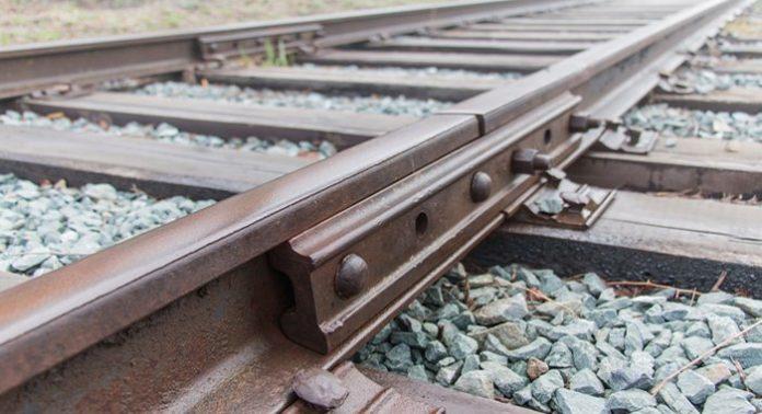 В Кривом Роге из-за кражи рельсов произошло крушение поезда - today.ua