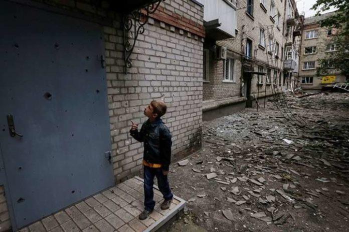 Боевики обстреляли школу на Донбассе: ВСУ привели доказательства - today.ua