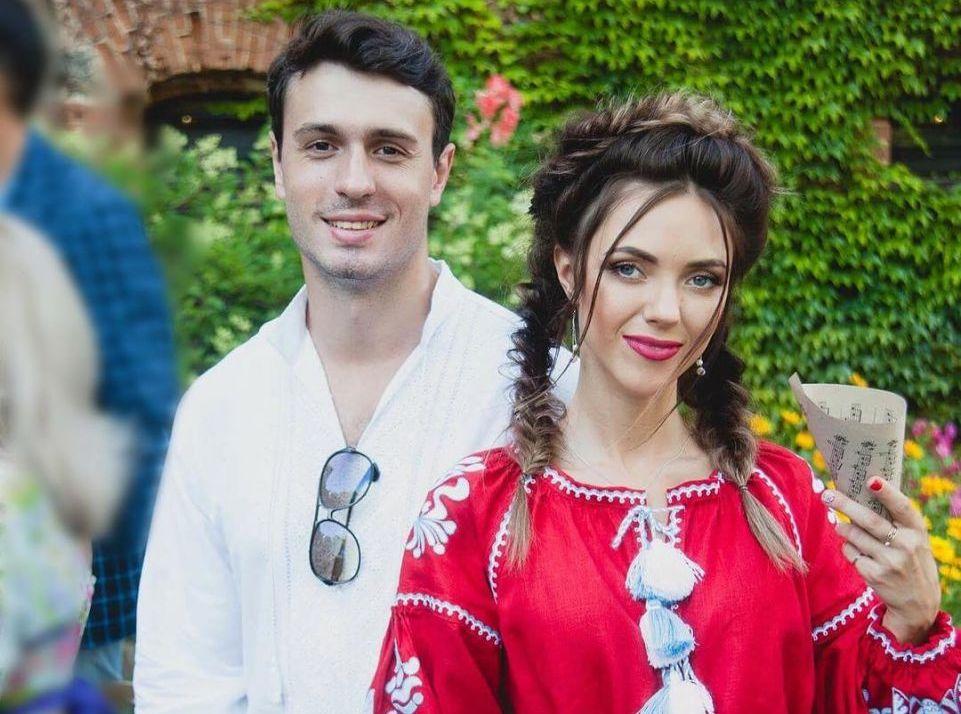 """Солистка """"НеАнгелов"""" намекнула на предстоящую свадьбу"""