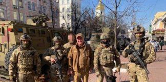 Вибори-2019: озброєний спецназ розпочав патрулювання вулиць, вокзалів, автостанцій та аеропортів по всій Україні - today.ua