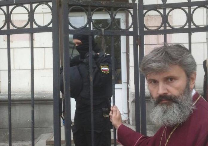 Стало відомо, під яким приводом окупанти затримали архієпископа Клімента - today.ua