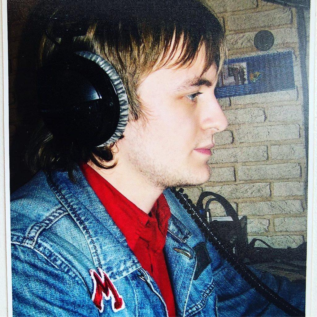DZIDZIO показав архівне фото з бурхливої молодості