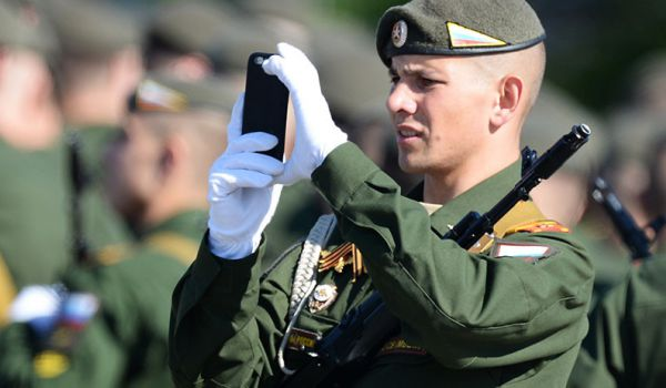 Путин запретил российским военным пользоваться гаджетами - today.ua