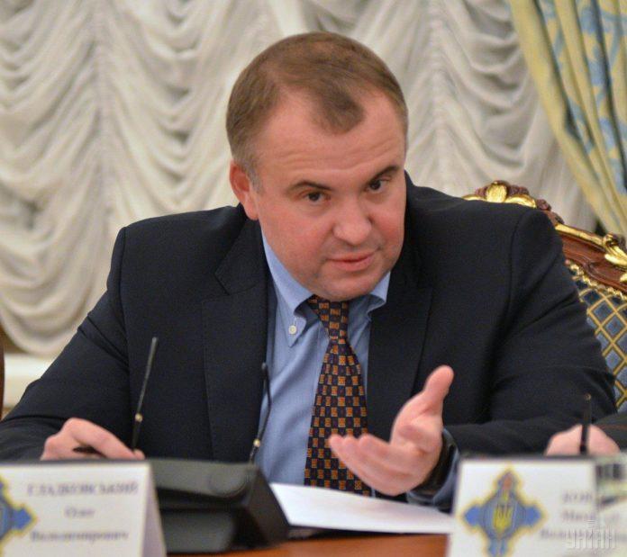 Порошенко снял Гладковского с должности первого замсекретаря СНБО - today.ua