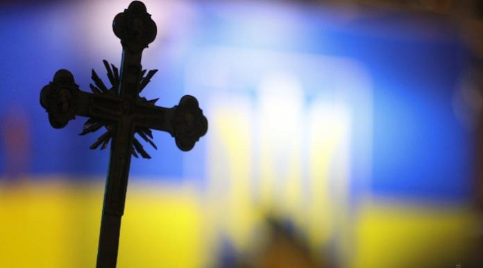 У Чернівецькій області між священиками УПЦ МП і ПЦУ сталася бійка - today.ua