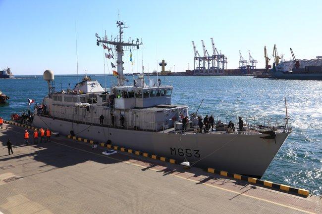Корабль НАТО Capricorne прибыл в Одессу: названа цель