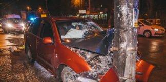 """В столице Skoda протаранила автомобиль с ребенком: опубликовано видео"""" - today.ua"""