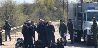 """Боевики """"ЛНР"""" передали Украине 60 осужденных - today.ua"""