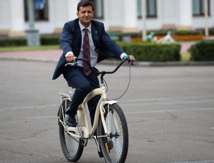 Зеленський не їздитиме на роботу на велосипеді - кандидат назвав причину - today.ua