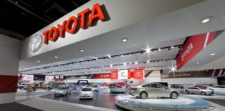 Toyota представила тизер нового кросовера Highlander - today.ua