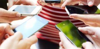 ПриватБанк розповів, скільки українців розплачуються за допомогою смартфона - today.ua