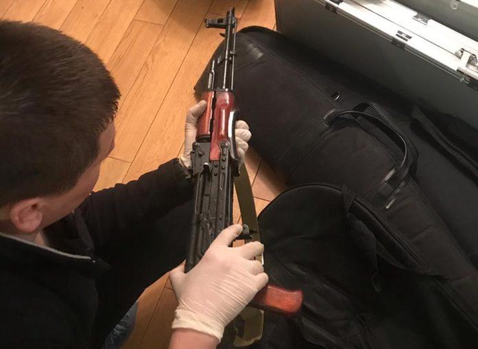 У посадовця-хабарника на Київщині знайшли арсенал зброї - today.ua