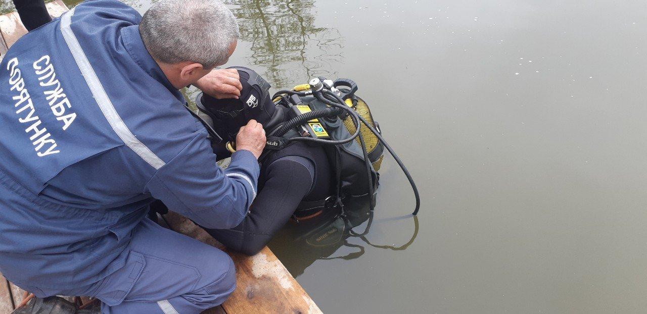 Під Києвом у ставку знайшли тіло 31-річного чоловіка - today.ua