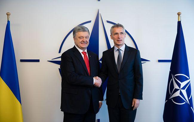 Порошенко і Столтенберг обговорили подальші кроки України на шляху до НАТО - today.ua