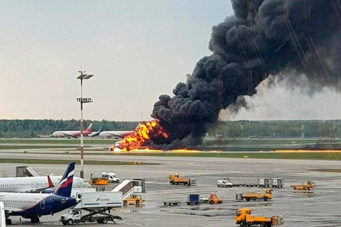 Названы новые причины крушения самолета в Шереметьево - today.ua