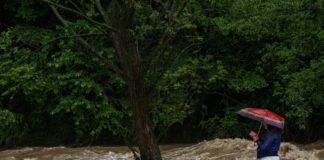 Наводнение на Закарпатье: стихия унесла жизнь 10-летнего мальчика - today.ua