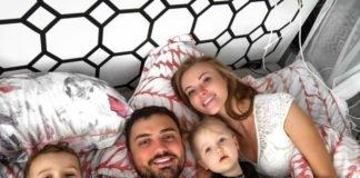 """Слава з """"НеАнгелів"""" показала, як проводить час з дітьми - today.ua"""