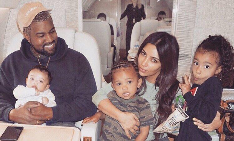 Ким Кардашьян в четвертый раз стала мамой