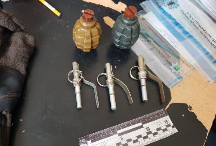 У пассажира метро в Киеве нашли боевые гранаты - today.ua