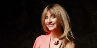 """Леся Нікітюк показала довгі ноги в пікантному вбранні """" - today.ua"""