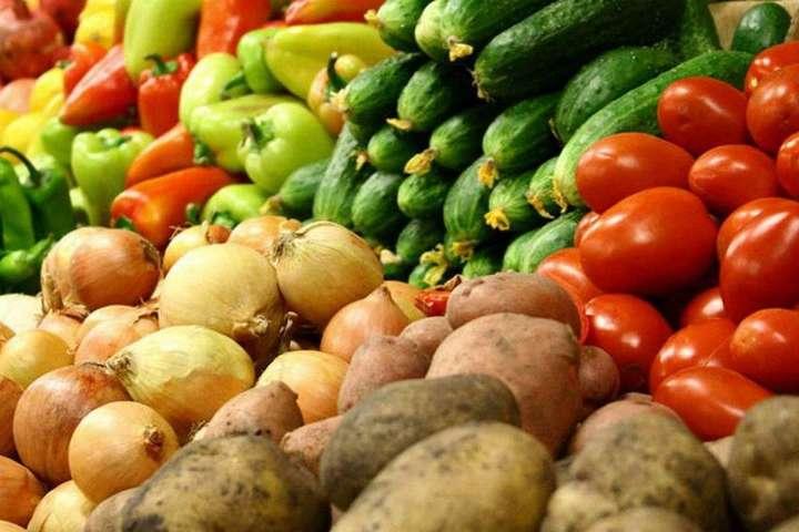 В Украине, в разгар летнего сезона, вдвое подорожали овощи
