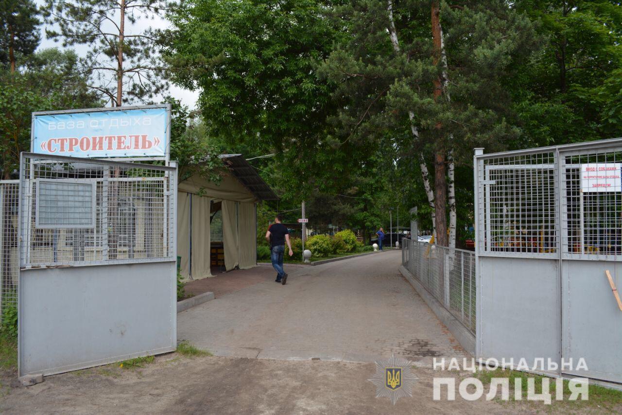 На Харківщині чоловік вбив жінку під час святкування річниці випуску з університету - today.ua